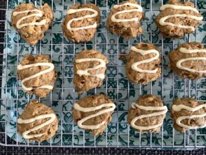 baked carrot oatmeal cookies